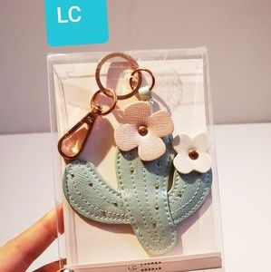 NIB, LC Lauren Conrad Cactus Flower key chain